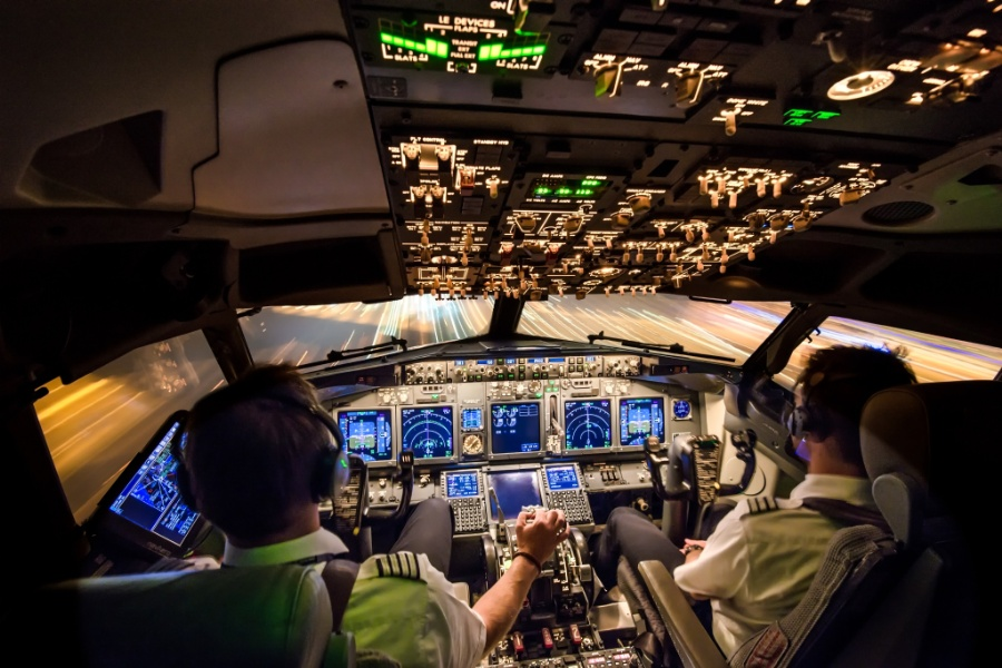 The office, Boeing 737-800