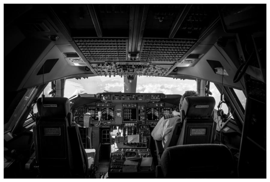 foto-interior-avion-07