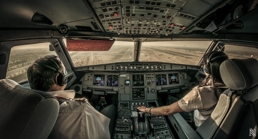 foto-interior-avion-23