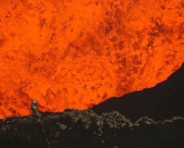 Los Primeros Exploradores Que Ponen Un Pie En El Interior Del Volcán Más Peligroso Del Mundo. Aterrador