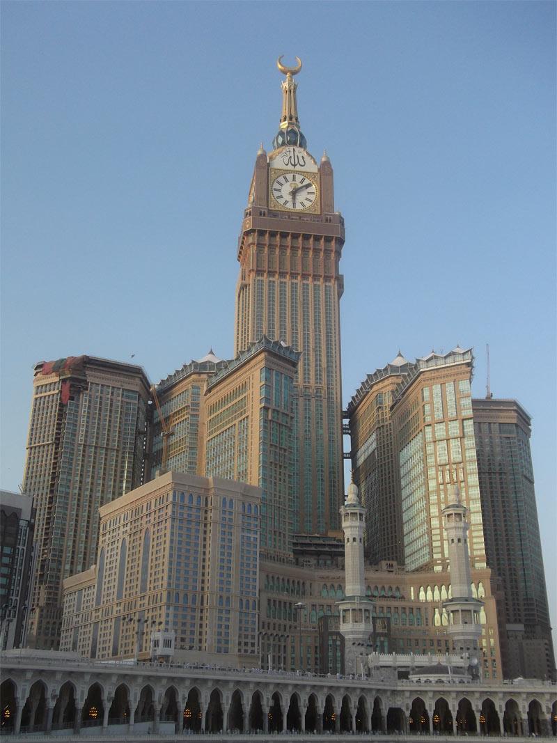 3-Abraj-Al-Bait-Makkah-Royal-Clock-Tower