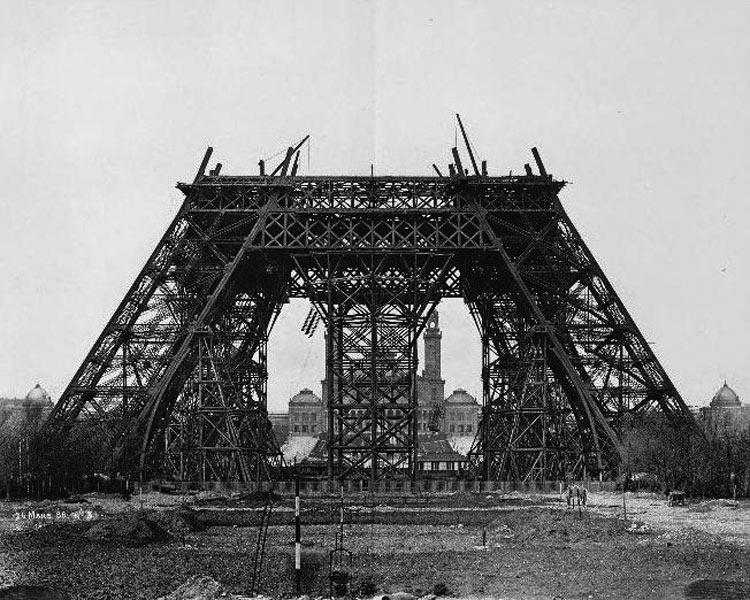 construccion-torre-eiffel-13