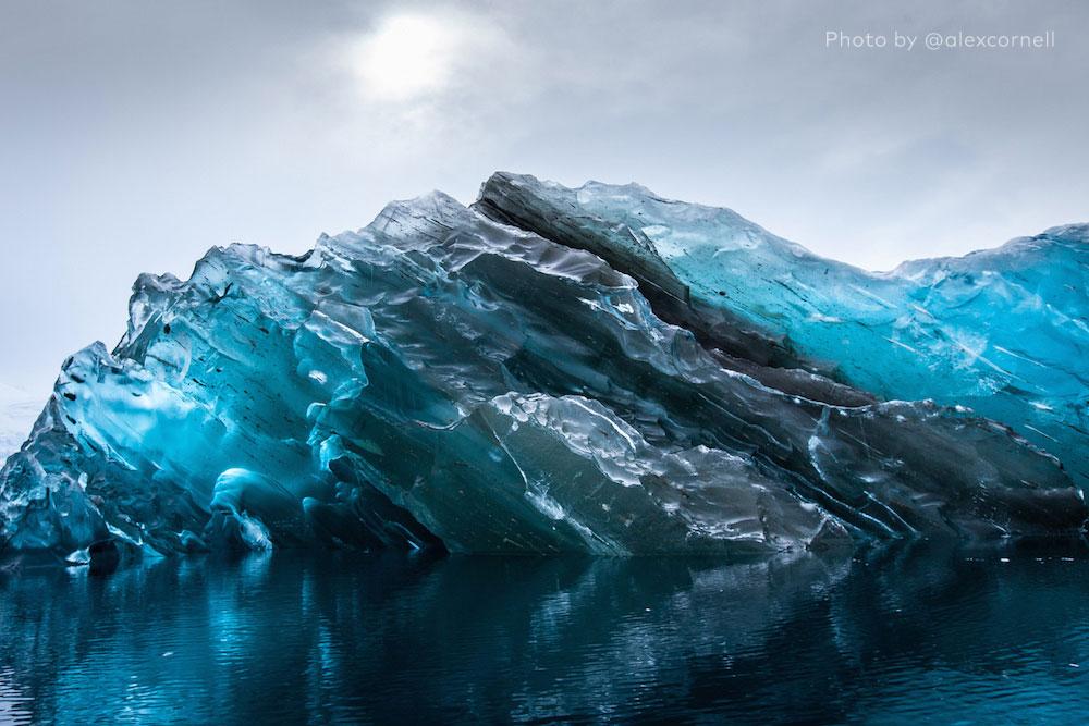Fotografían Un Iceberg Como Nunca Se Había Visto. Algo Extremadamente Raro De Ver