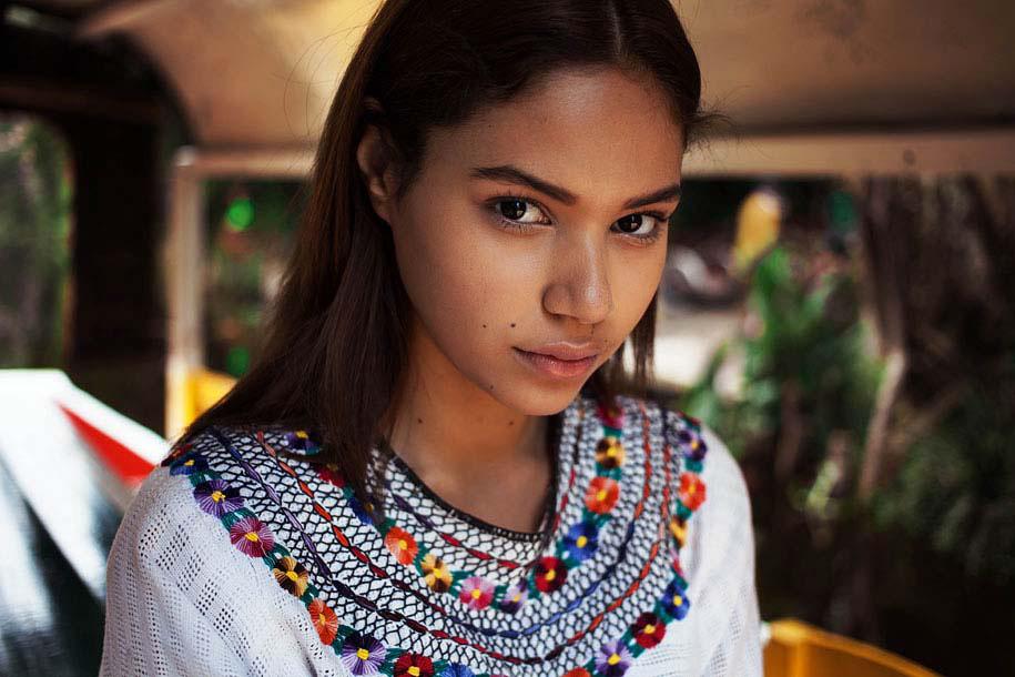 El Increíble Atlas De Mujeres Bellas Del Mundo. La Belleza Está En Todos Los Sitios
