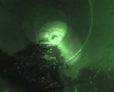 Alumbra Con Su Linterna Un Túnel Abandonado. ¿Qué Es Lo Que Ve? INCREÍBLE