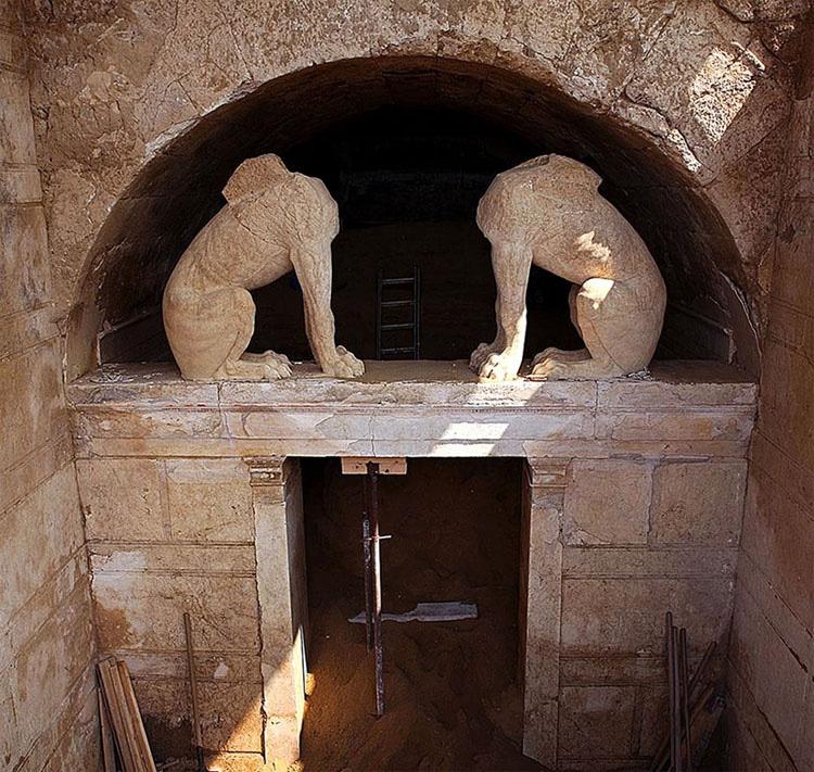 Arqueólogos Exploran La Tumba Griega Más Grande Jamás Encontrada