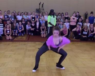 Esta joven bailarina es especial en MUCHOS sentidos y tiene algo que le animará