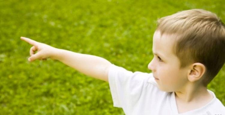 Este niño de 3 años ha resuelto un misterioso asesinato, pero esa no es la parte más fuerte
