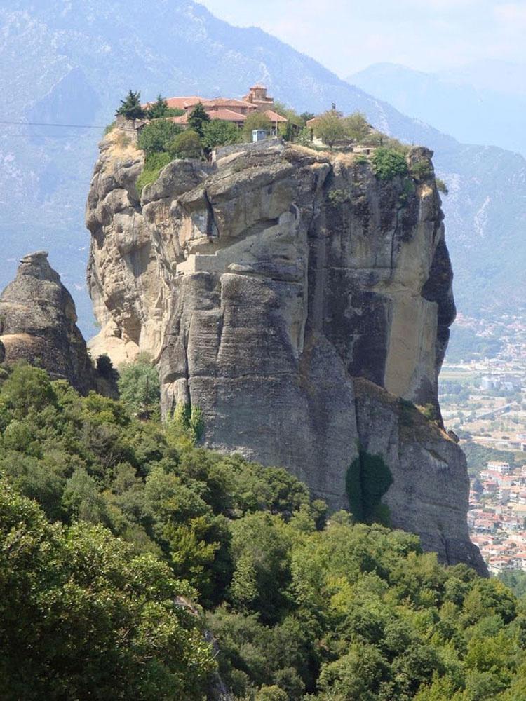 Los 5 monasterios más inaccesibles del mundo 2