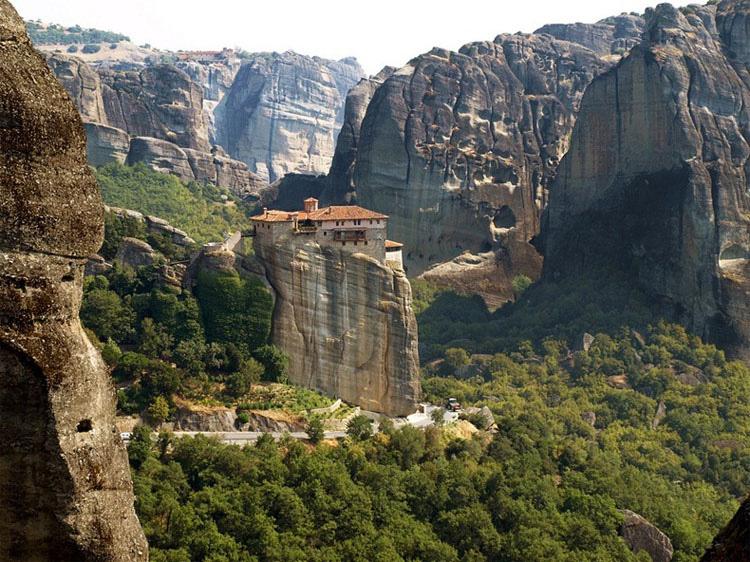 Los 5 monasterios más inaccesibles del mundo 3