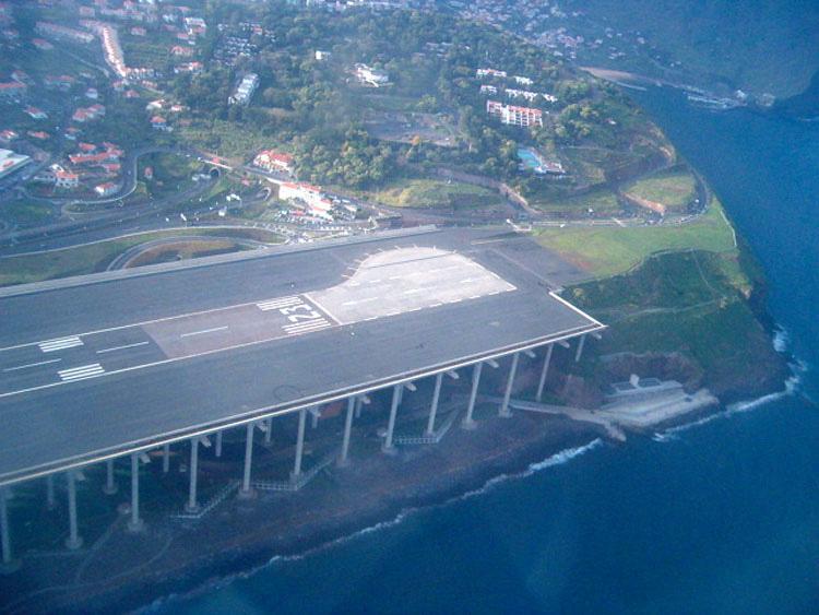 Los 10 aeropuertos MÁS PELIGROSOS del mundo. Atención al #5