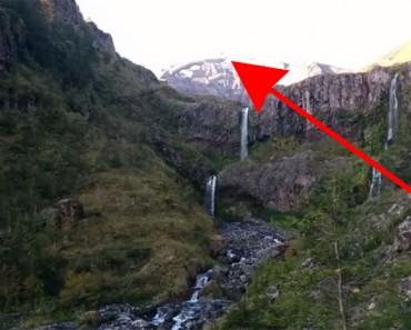 Caminante captura el MOMENTO EXACTO en el que el volcán Calbuco entra en erupción. ¡INCREÍBLE!