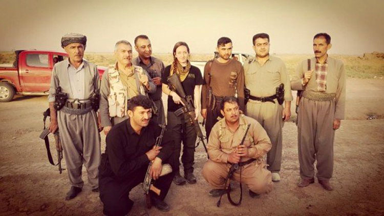 La desgarradora razón por la que esta madre decidió dejar a su hijos para luchar contra el ISIS