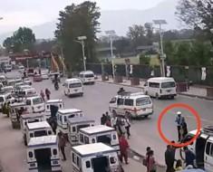 En el minuto 1:00 de este impactante vídeo del terremoto de Nepal te dejará SIN PALABRAS
