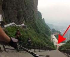 Cómo descender una montaña con 999 escalones en 30 segundos (Y no MORIR DE MIEDO)