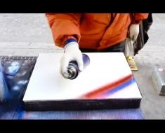 Pinta en esta hoja de papel con pintura de aerosol. En cuestión de minutos se transforma en ÉSTO