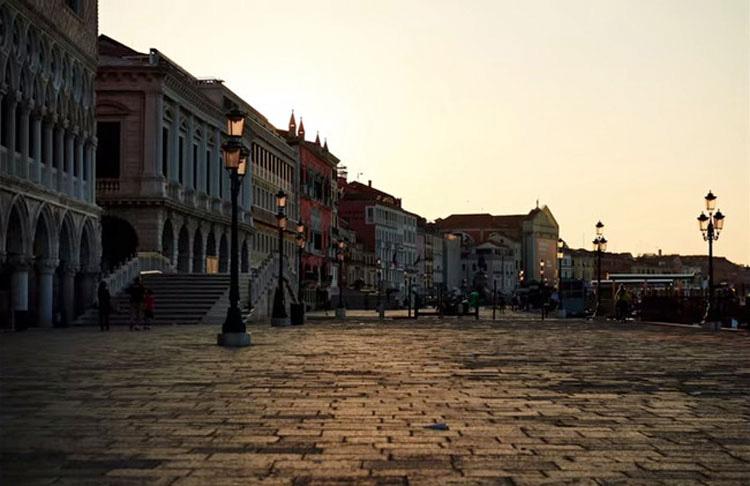 ESTOY ASOMBRADO: Con este sencillo truco podrás eliminar los turistas de tus fotos