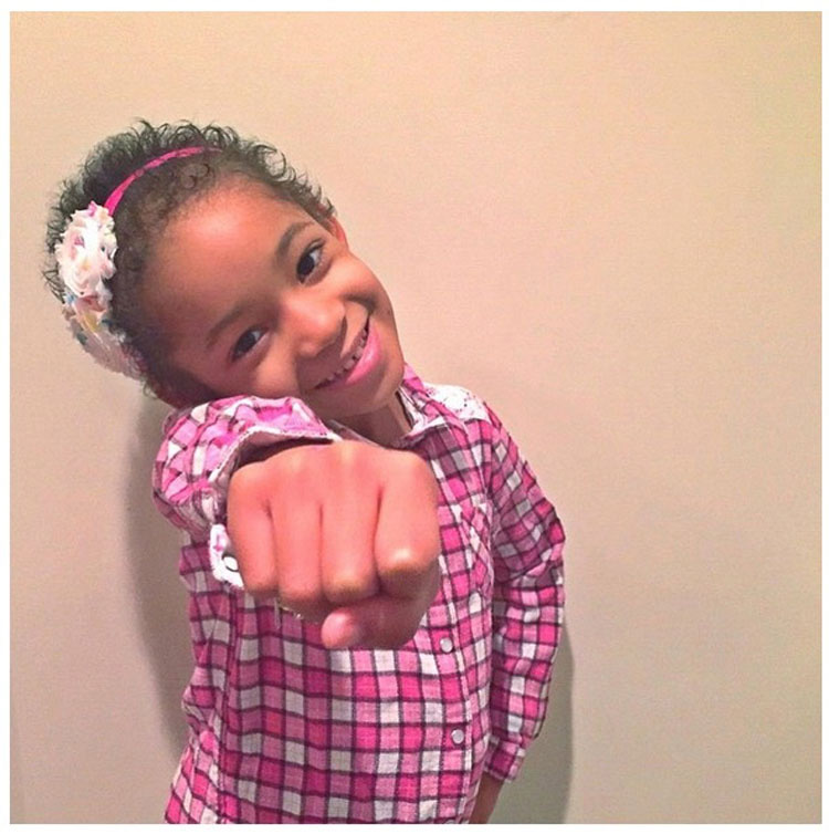 La lucha de esta niña contra el cáncer ganó nuestros corazones. Su buena Noticia ganara Internet