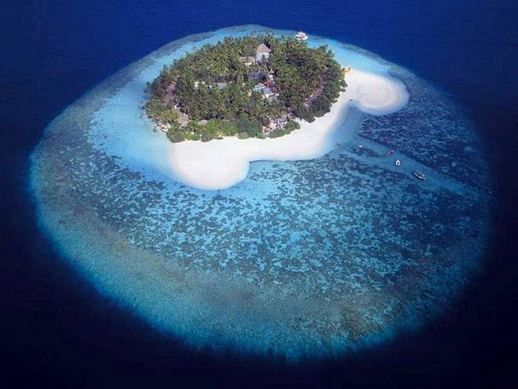 14 islas que se parecen MUCHO a otras cosas. La #9 es INCREÍBLE