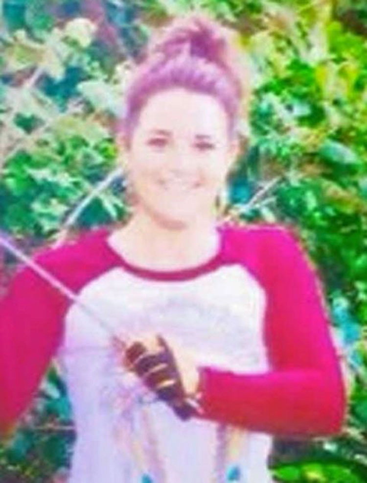 JUSTICIA: Veterinaria que mató a un gato con una flecha finalmente pierde su licencia [Actualización] 2