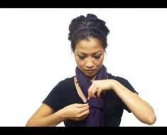 Revela 25 maneras de atar una bufanda en menos de 4 minutos. Cómo lo hace es ABSOLUTAMENTE IMPRESIONANTE