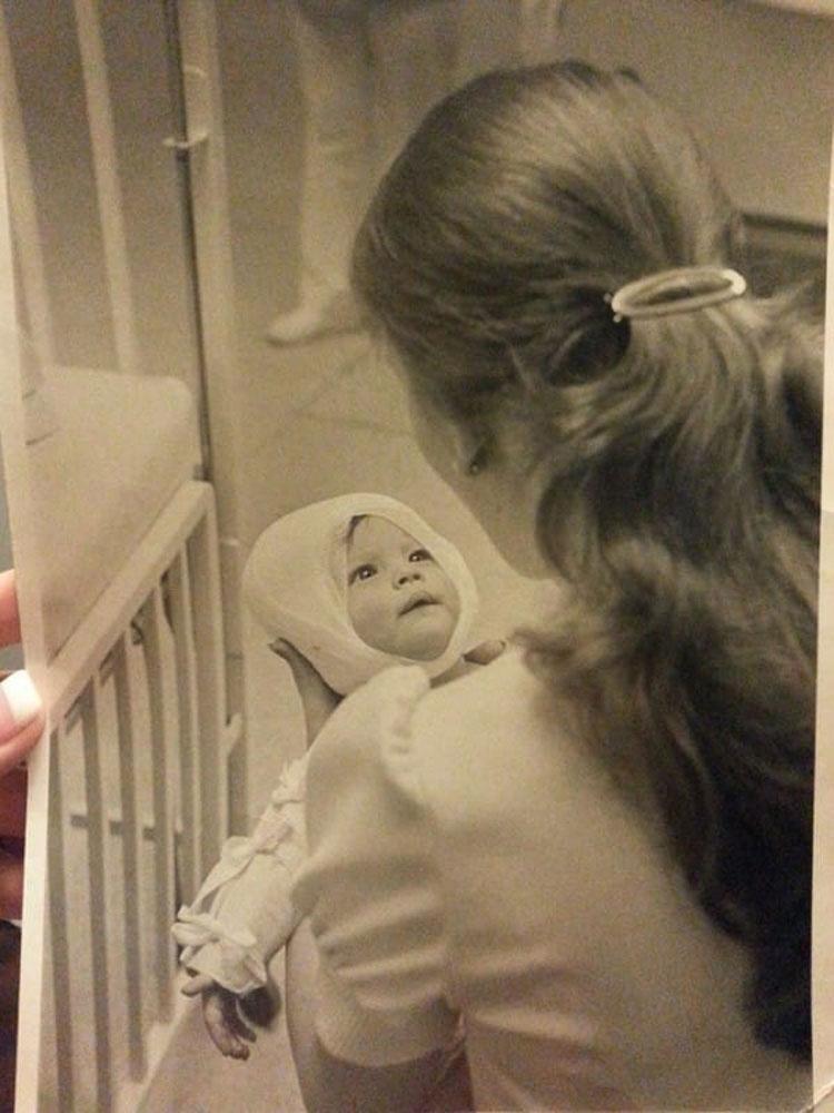 En 1977, una enfermera cuida a un bebé quemado... 38 años después no esperaba esto 1