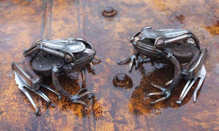 Este artista transforma la chatarra en asombrosas esculturas de animales