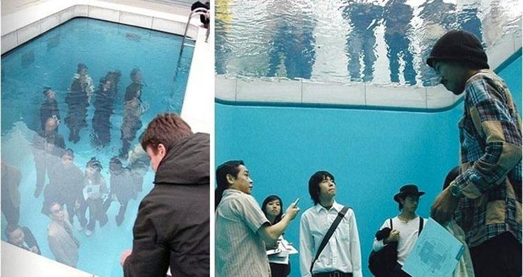 Esto parece una piscina normal, pero MIRA lo que hay debajo de la superficie...