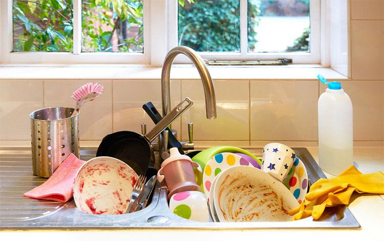Un ama de casa se enfrenta a 6 años de cárcel porque su marido la ha llevado a los tribunales por no cocinar ni limpiar