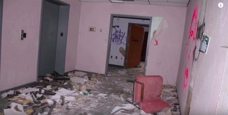 Este hombre pensaba que el hospital estaba completamente abandonado. Hasta que escuchó un llanto