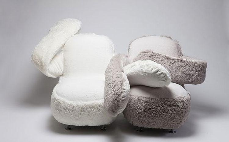 Este empático sofá te abraza como nadie más lo hará 2