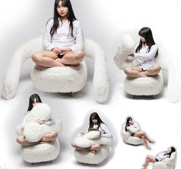 Este empático sofá te abraza como nadie más lo hará 3