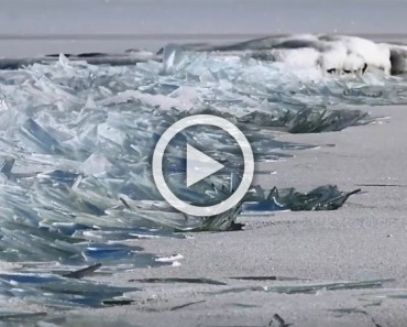Mira como la superficie congelada del lago Superior se rompe sin fín. Un fenómeno MUY EXTRAÑO
