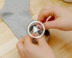 Desliza un calcetín a través de un cortador de galletas, ¿el resultado final? ¡ADORABLE!