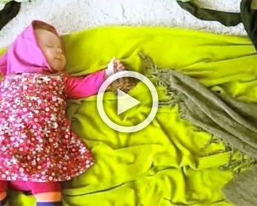 Su madre hace fotos a su bebé durmiendo. El vídeo resultante la dejó ASOMBRADA