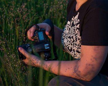 Apunta con su cámara a una brizna de hierba. ¿Qué es lo que captura? Absolutamente HERMOSO