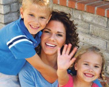 Esta madre invita a su nuevo novio a las 2 de la mañana. Entonces llega y ve a sus niños ASÍ...