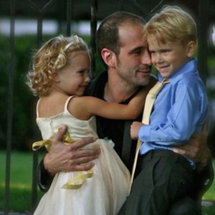 Esta madre invita a su nuevo novio a las 2 de la mañana. Entonces llega y ve a sus niños ASÍ... 4