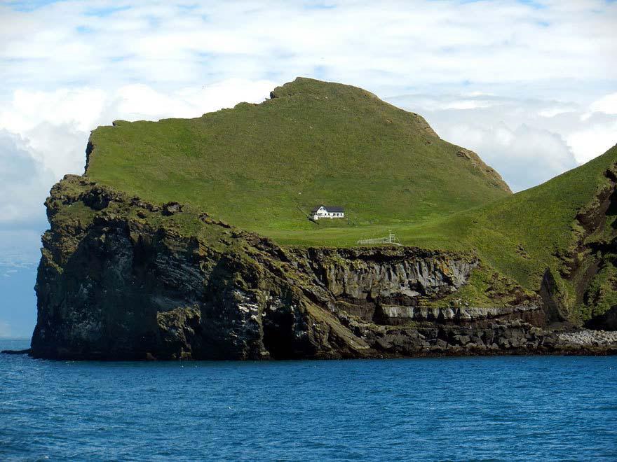 En esta pequeña isla se encuentra una de las casas más aisladas y misteriosas del mundo