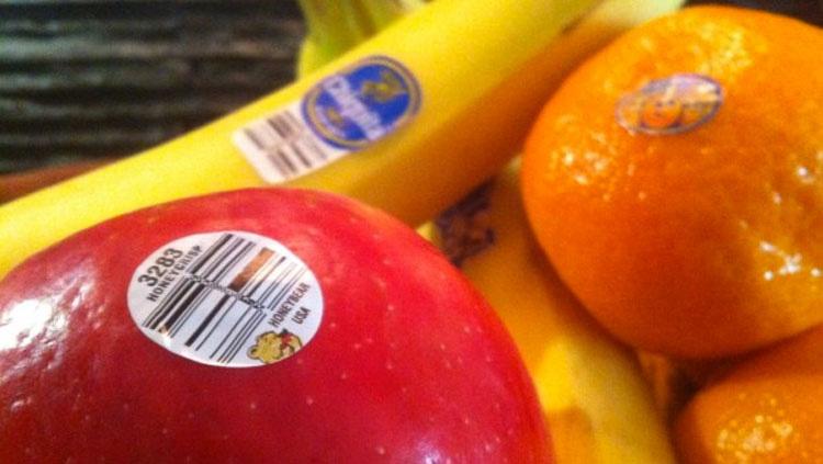 Este número en la fruta es más importante de lo que la gente cree... Esto es lo que significa