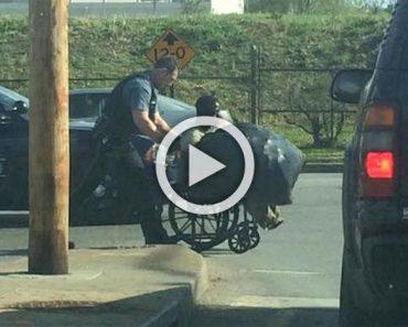 Este policía no sabía que estaba siendo filmado mientras hacía esto con éste hombre...