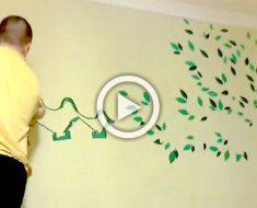 Utiliza pintura verde para iniciar un mural para niños, ahora mira cuando añade negro...