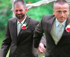 Antes de entrar con su hija en la iglesia, este padre agarró la mano de este hombre. ¿La razón?