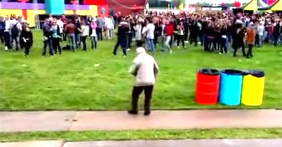 Este abuelo de 83 años empieza a bailar. Ahora mira cuando se da la vuelta ...