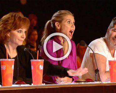 Reba McEntire golpea el botón dorado. ¿Pero quién está en el escenario? ¡INCREÍBLE!