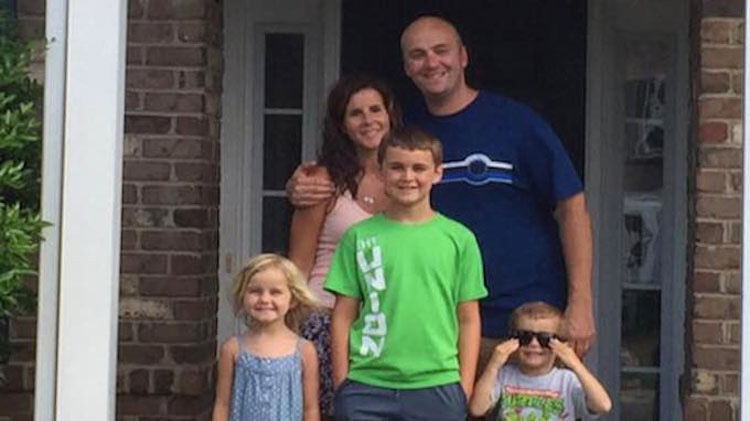 Este padre devastado advierte a otros después de que su hijo muriera por un 'juego' popular