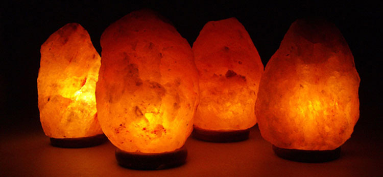 La ciencia prueba que las lámparas de sal ayudan a las personas con ansiedad. Así es cómo lo hacen
