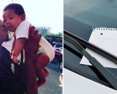 Una pareja se queda mirando a un padre con un hijo, después ve una nota en su coche con la explicación