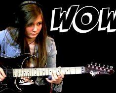 Un maestro deja su guitarra eléctrica a su mejor alumna y descubre que su talento es IMPACTANTE