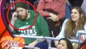 Este tipo ignora a su mujer: ¡Sin saber ninguno lo que iba a suceder después!